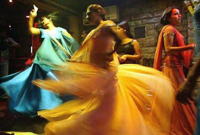 Mumbai Bargirls