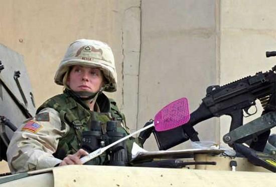 http://3.bp.blogspot.com/_9GHoR-RJLy8/SllyfY4GIVI/AAAAAAAANAQ/p8e5PjHxvqs/s400/weaponofchoice_bits.jpg