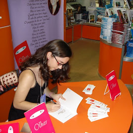 Autografando na Bienal - 2007