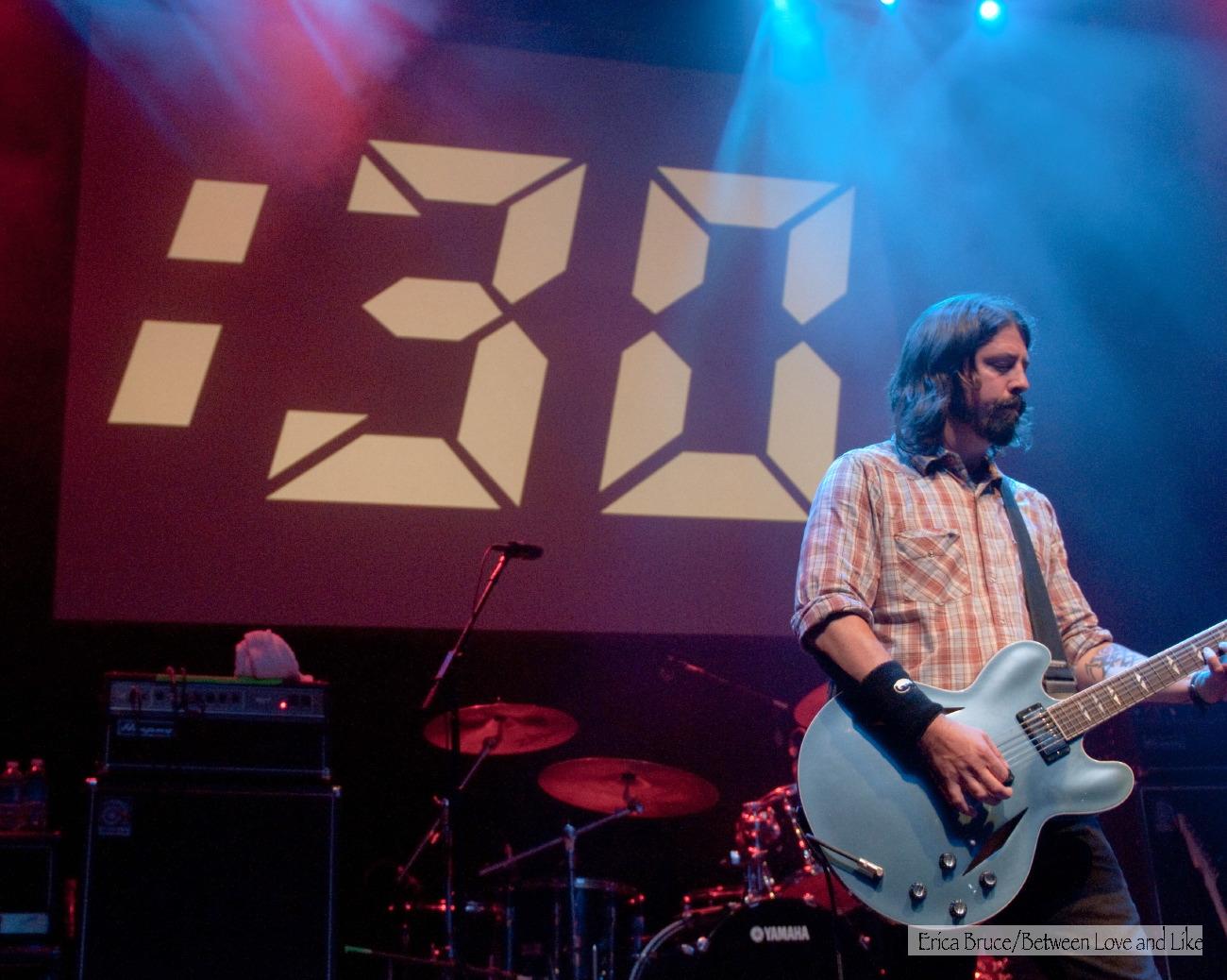 http://3.bp.blogspot.com/_9GvCm1vhzSA/TAXHfmCtKXI/AAAAAAAADwg/YoH59ZOEsN8/s1600/930+Club+30th+Anniversary+Show,+Washington,+DC+(5-31-2010)-8184.jpg