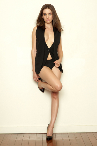 alison brie hot. hairstyles alison brie hot