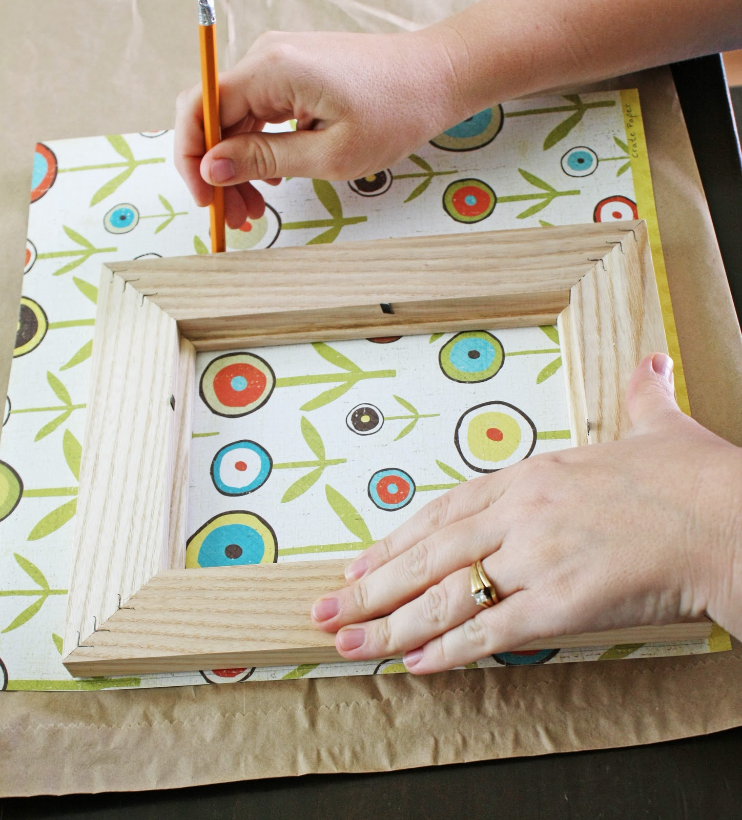 Using Paper to Decorate a Frame - Stacy Risenmay
