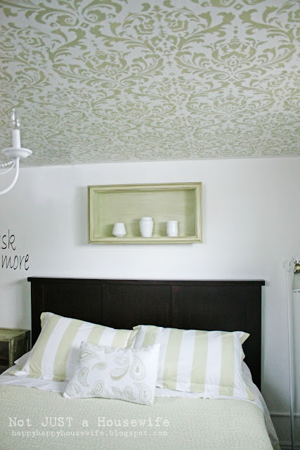 2room Stenciled Ceiling