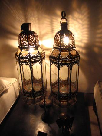 Marokkanske lykter skaper magisk stemning