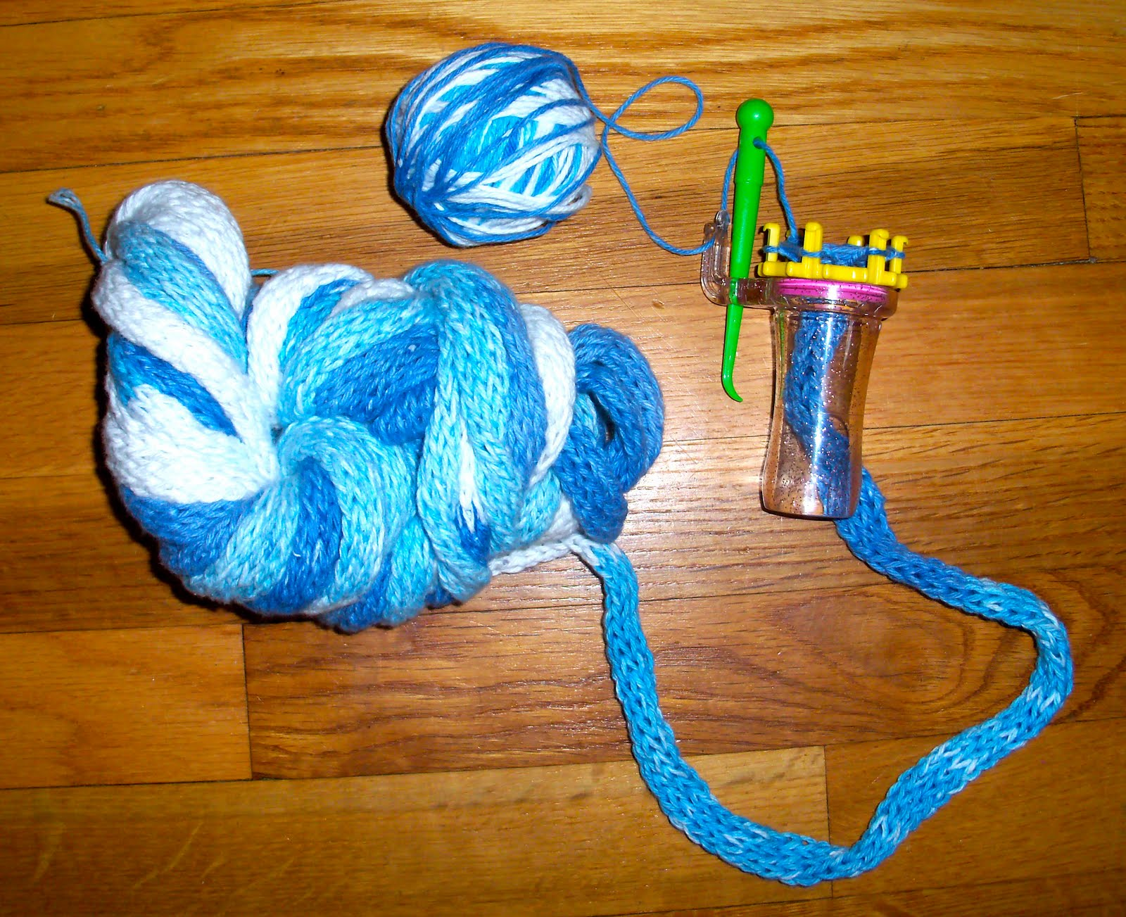 How To Knit A Rug Textiles4you Spool Knit Rug