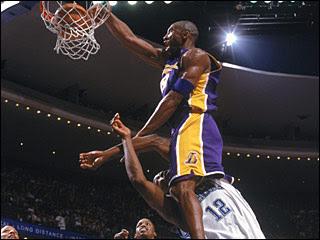 Kobe Bryant dunks