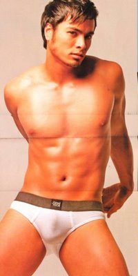 Enchong Dee Scandal Philippines Pinoy http://dmanintown.blogspot.com/2010/12/hottest-men-top-10.html