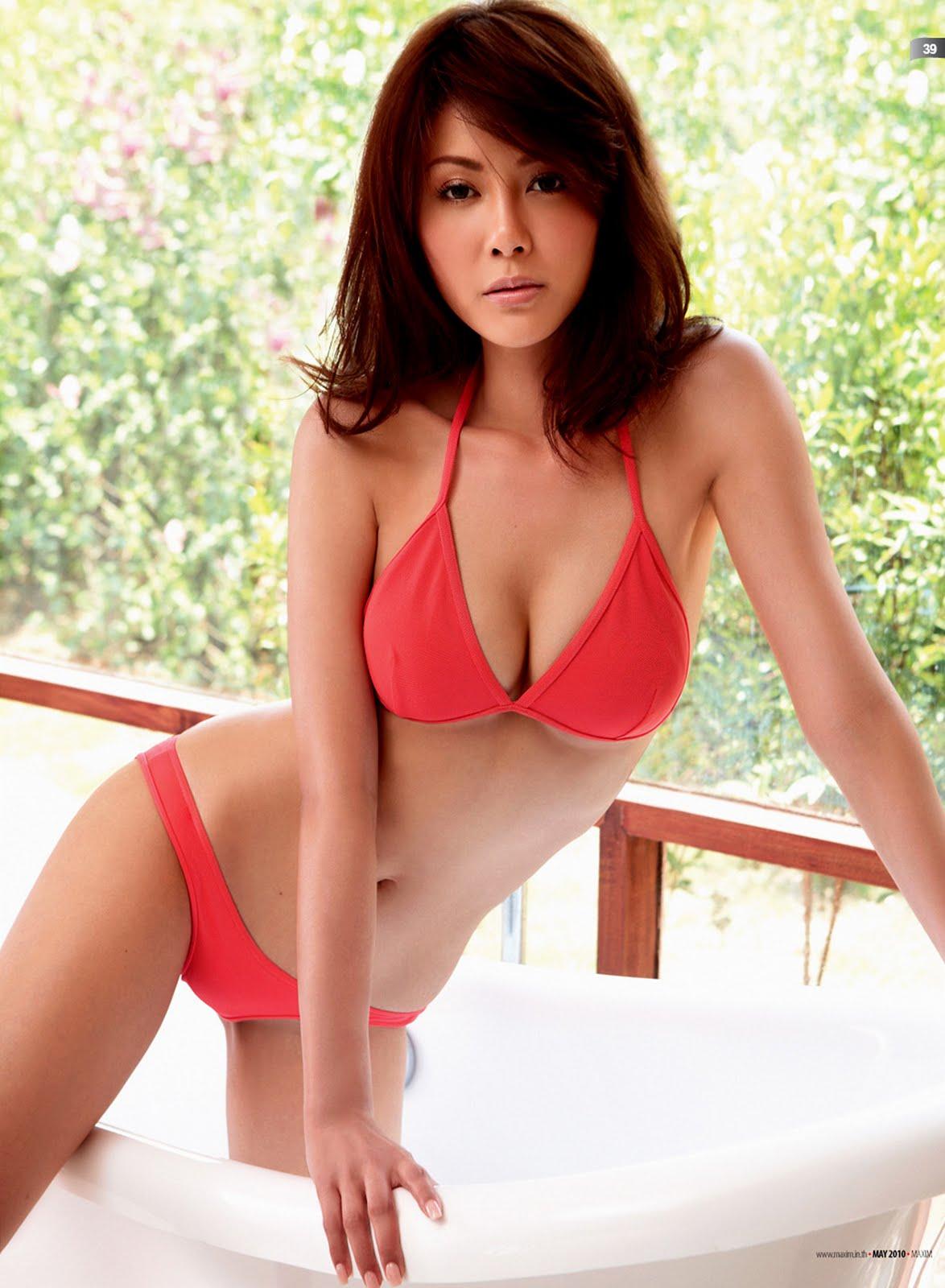 natural breast lingerie pics