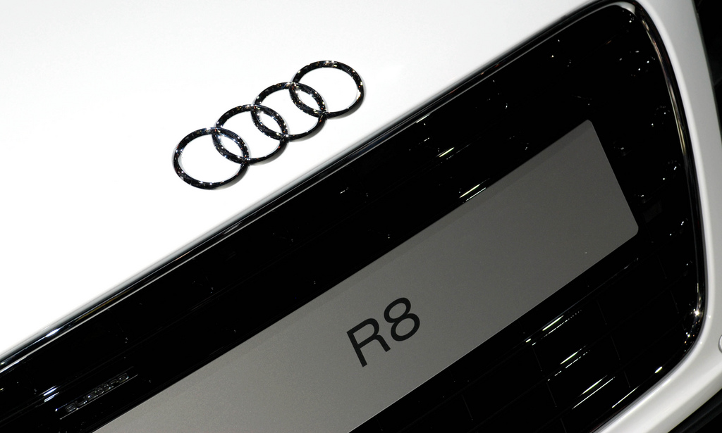 audi r8 logo wallpaper