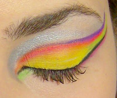 Tendências de maquiagem verão 2011 Passo-a-passo-maquiagem-neon