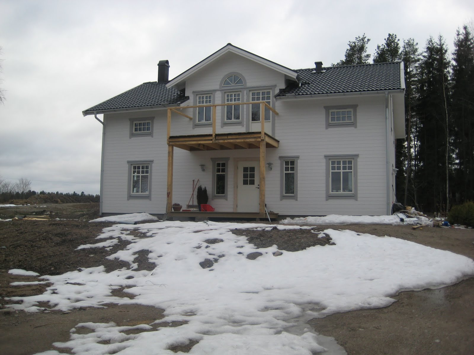 Villa runnaby: april 2010