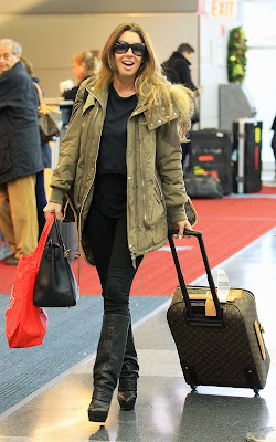 Rachel Uchitel,  JFK Airport,Entertainment