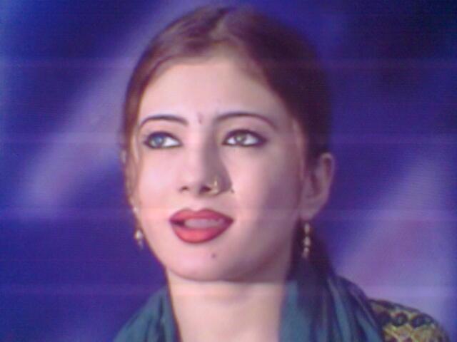 Nazia Iqbal Six