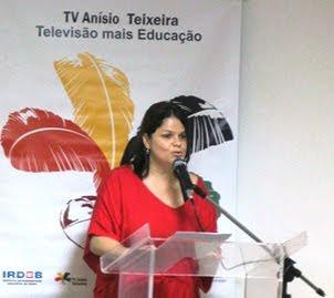 Ana Claudia Cavalcante - Coordenadora da TV Anísio Teixeira.