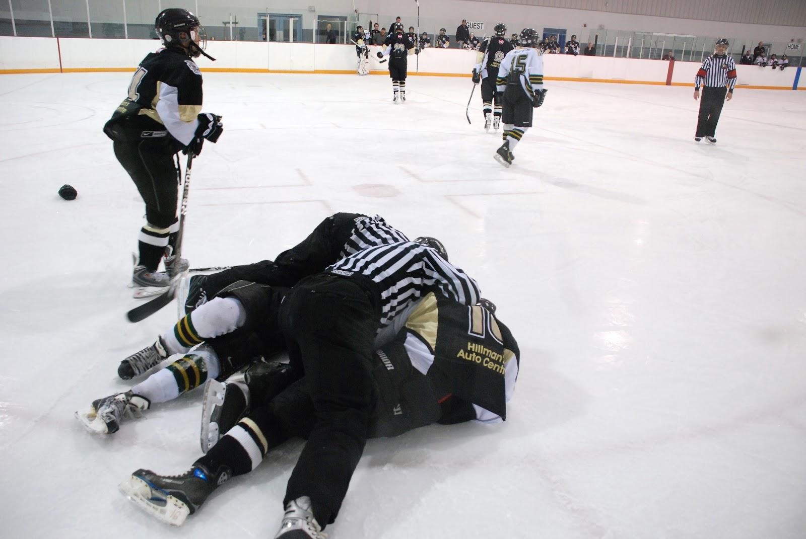 Midget hockey fight images 317