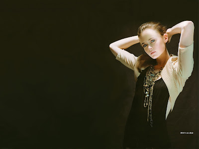 model wallpaper. Alexis Bledel model wallpaper