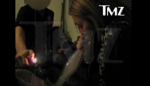 miley cyrus smoking a bong. Miley Cyrus Smoking From Bong