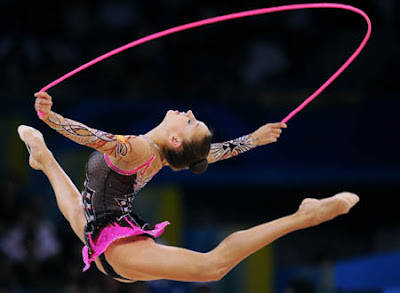 World 39 s latest sports events russian evgeniya kanaeva won for Concepto de gimnasia
