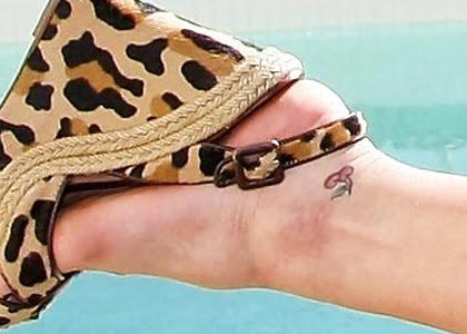 ashley simpson tattoo. Tags : Ashlee simpson tattoo