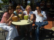 На Кубе с Сержем, Наташей Косполовой и Гульнарой Гордиенко.