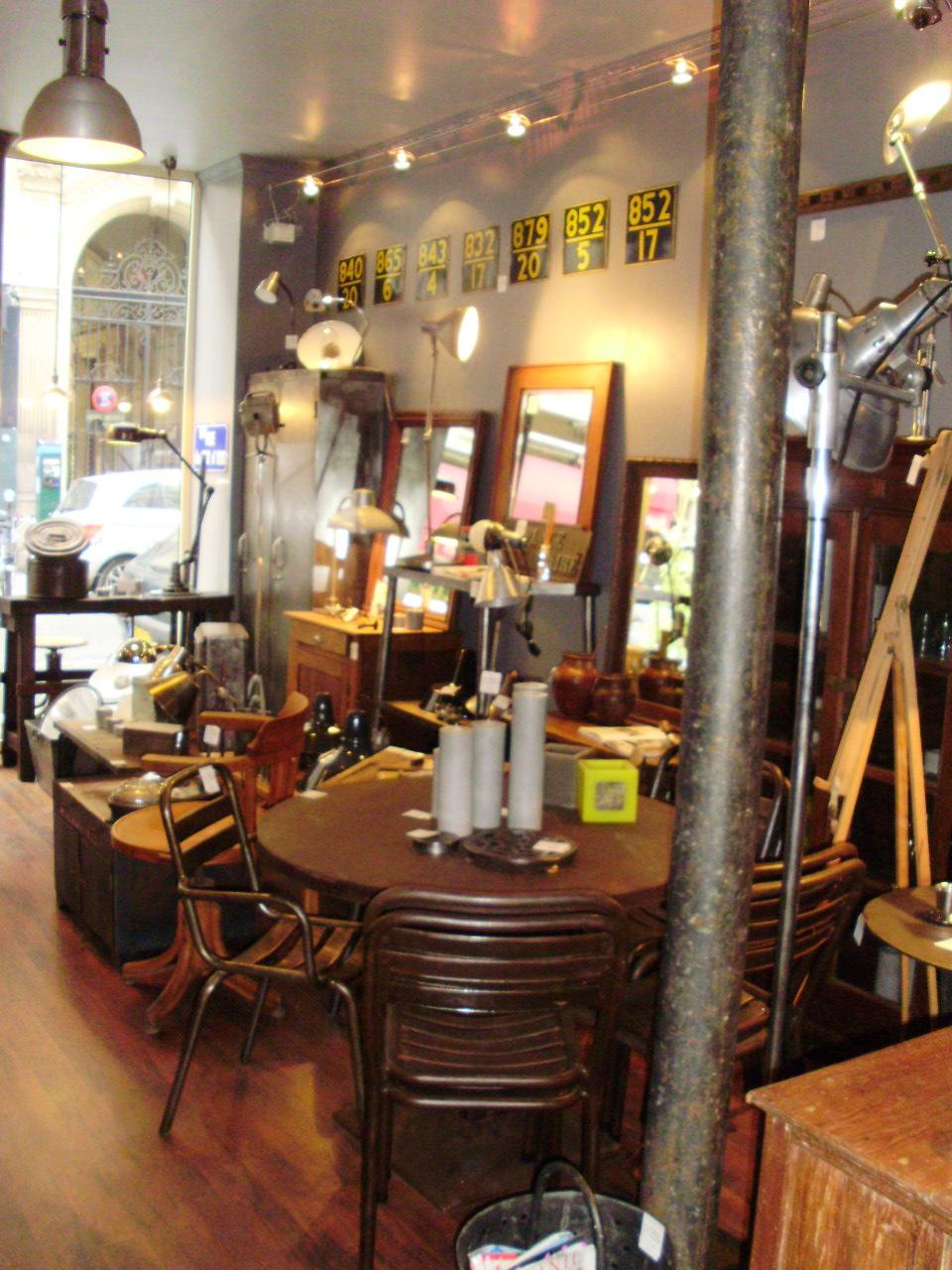 Shop 39 In Batignolles A La Maison