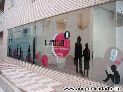 Rotulación escaparate Girona