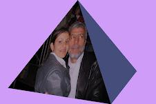 Livia e Nivaldo na Pirâmide da Recordação