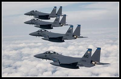 F 15 Singapura F-15SG sudah menggerunkan