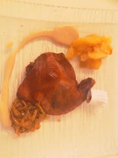 Confit de pato con manzana confitada