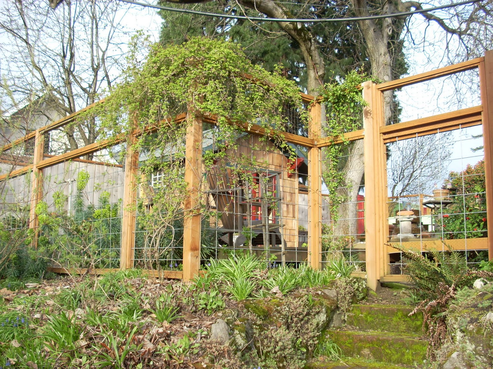 Nice deer fence entry gates pinterest for Garden fence designs