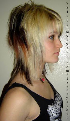 girl and emo haircuts are very good and look cute