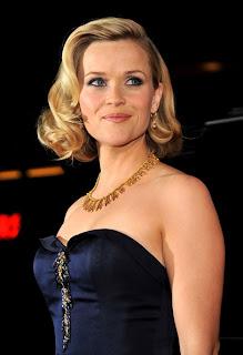 Celebrity Medium Blonde Hairstyle