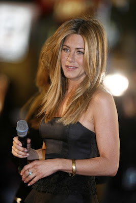 Aniston Hairs tyles 2009