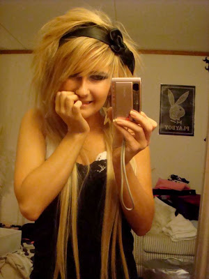 blond emo hairstyle. long londe hairstyles for