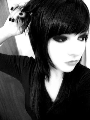 2010 emo girl hairstyle