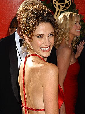 mid length curly hairstyles. Medium Length Curly Hairstyles