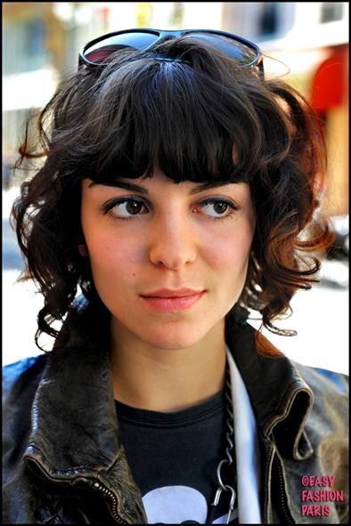 In several types of short haircuts, fringes or bangs are created naturally.