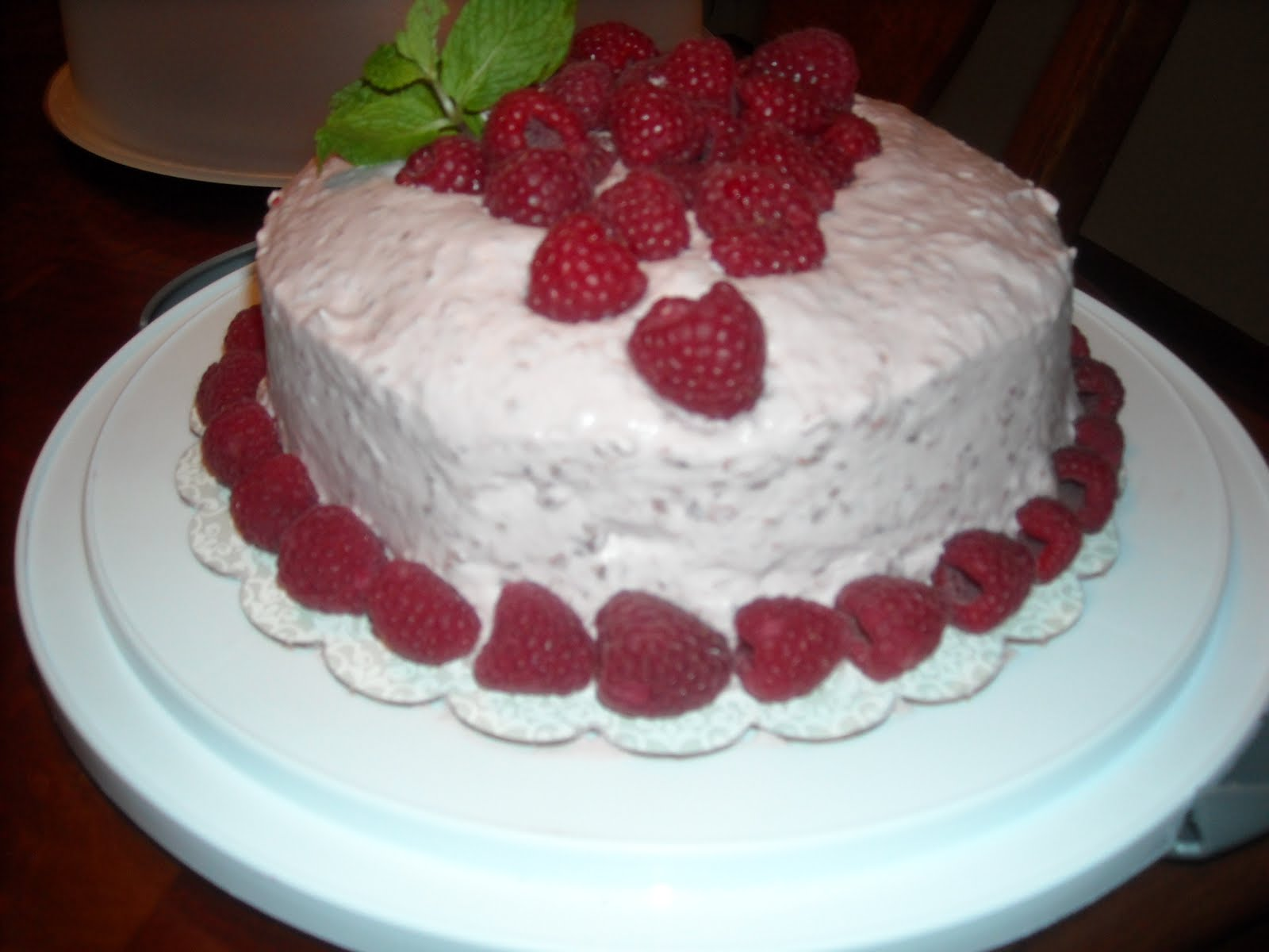 Pin Raspberry Whipped Cream Icing Puree Filling Lemon Cake Cake on ...