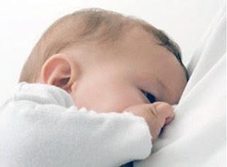 Foto gambar Bayi MANFAAT ASI Inisiasi MENYUSU DINI Tekan Kematian BAYI