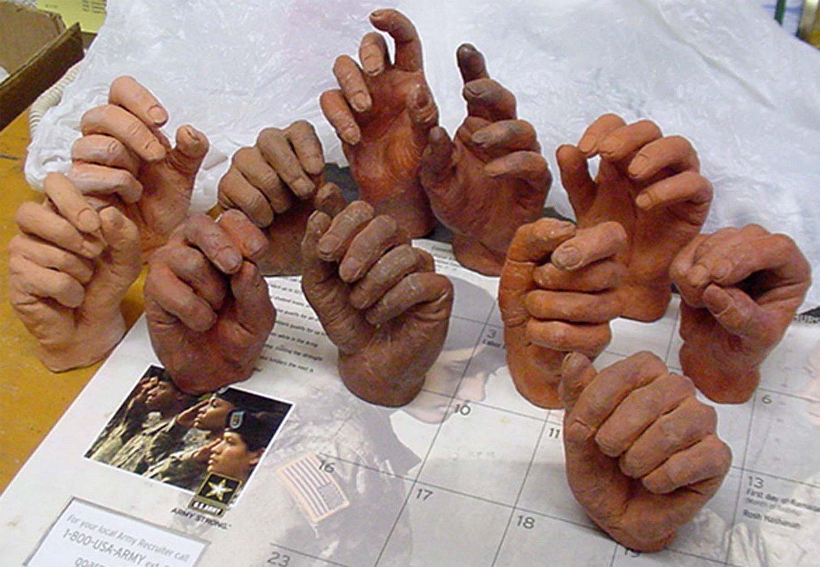 [Demo+Hands]
