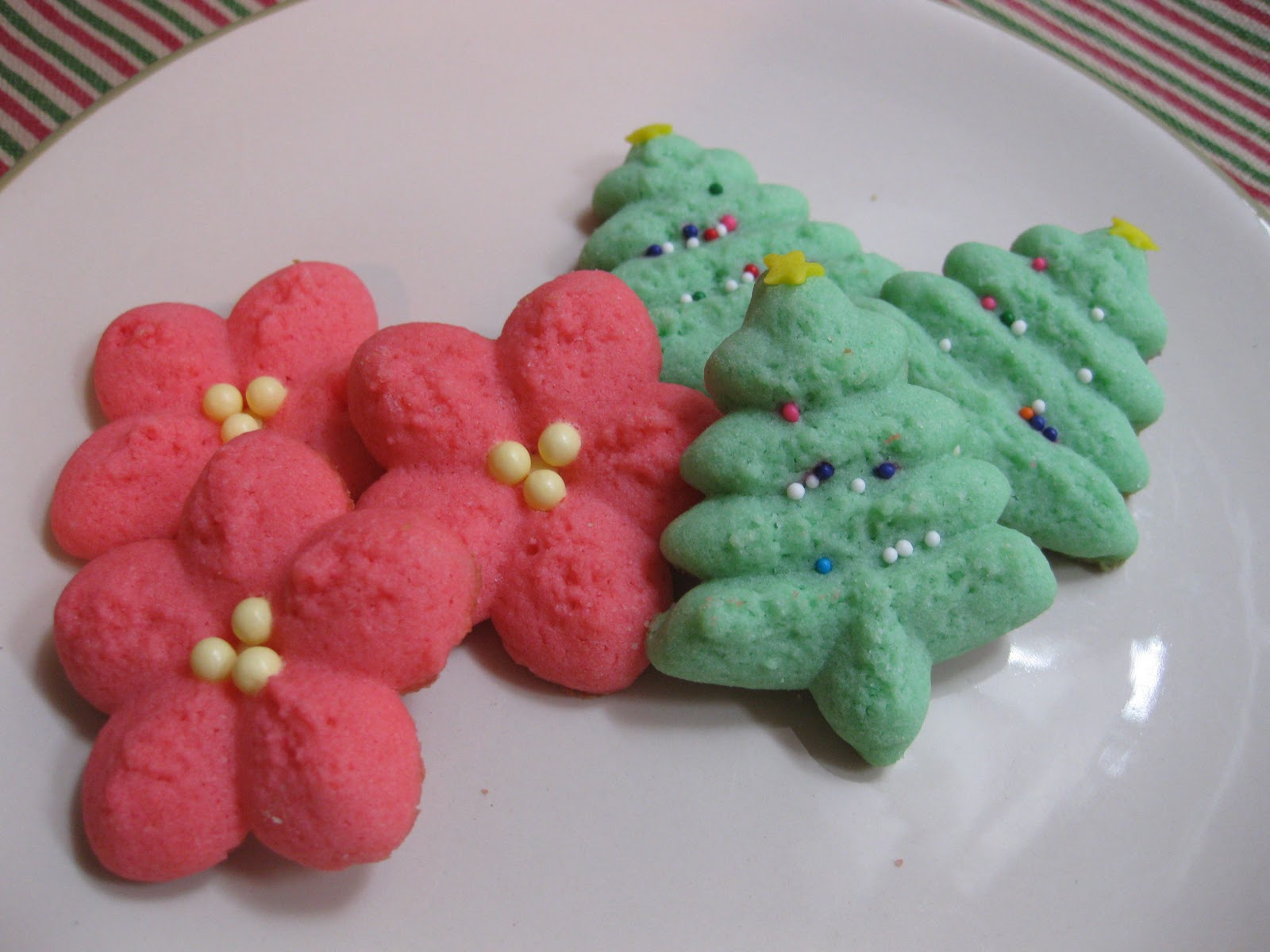 Sunday Treats Spritz Cookies