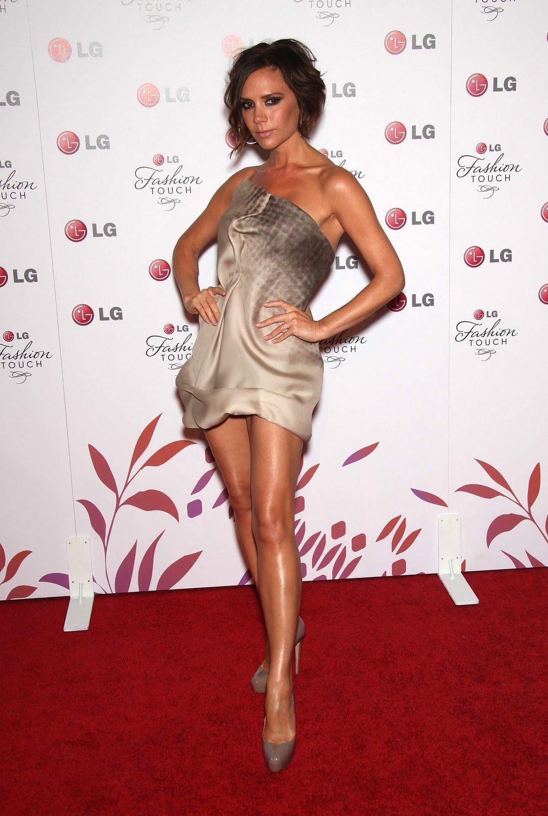 http://3.bp.blogspot.com/_9dA_x389xoo/TAPXJgtzw_I/AAAAAAAAF3U/PVYcl80uG94/s1600/Eva+Longoria+and+Victoria+Beckham562.jpg