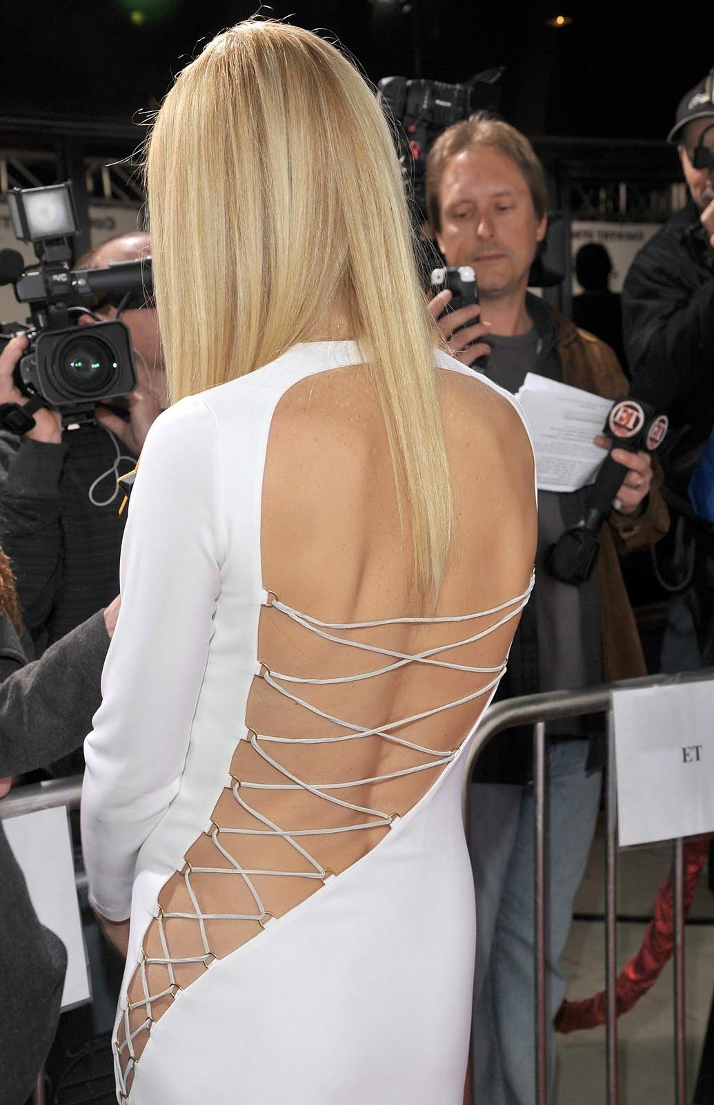 http://3.bp.blogspot.com/_9dA_x389xoo/TQkCq4Zg8VI/AAAAAAAAHZ4/wcyapExijQ8/s1600/Gwyneth_Paltrow_Country_Strong_Screening_036.jpg