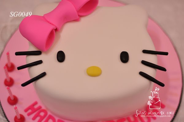 SG0049 Hello kitty Birthday cake. Posted by Swens Homemade Cake at 02:44