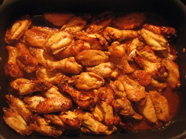 Spicy Caramelized Baked Chicken Wings Pictures