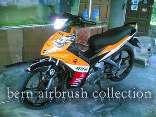 Big Motorycycle Yamaha LC 135 AirBrush Pictures Collection