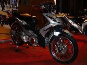 Modifikasi Honda Revo 100cc 2010