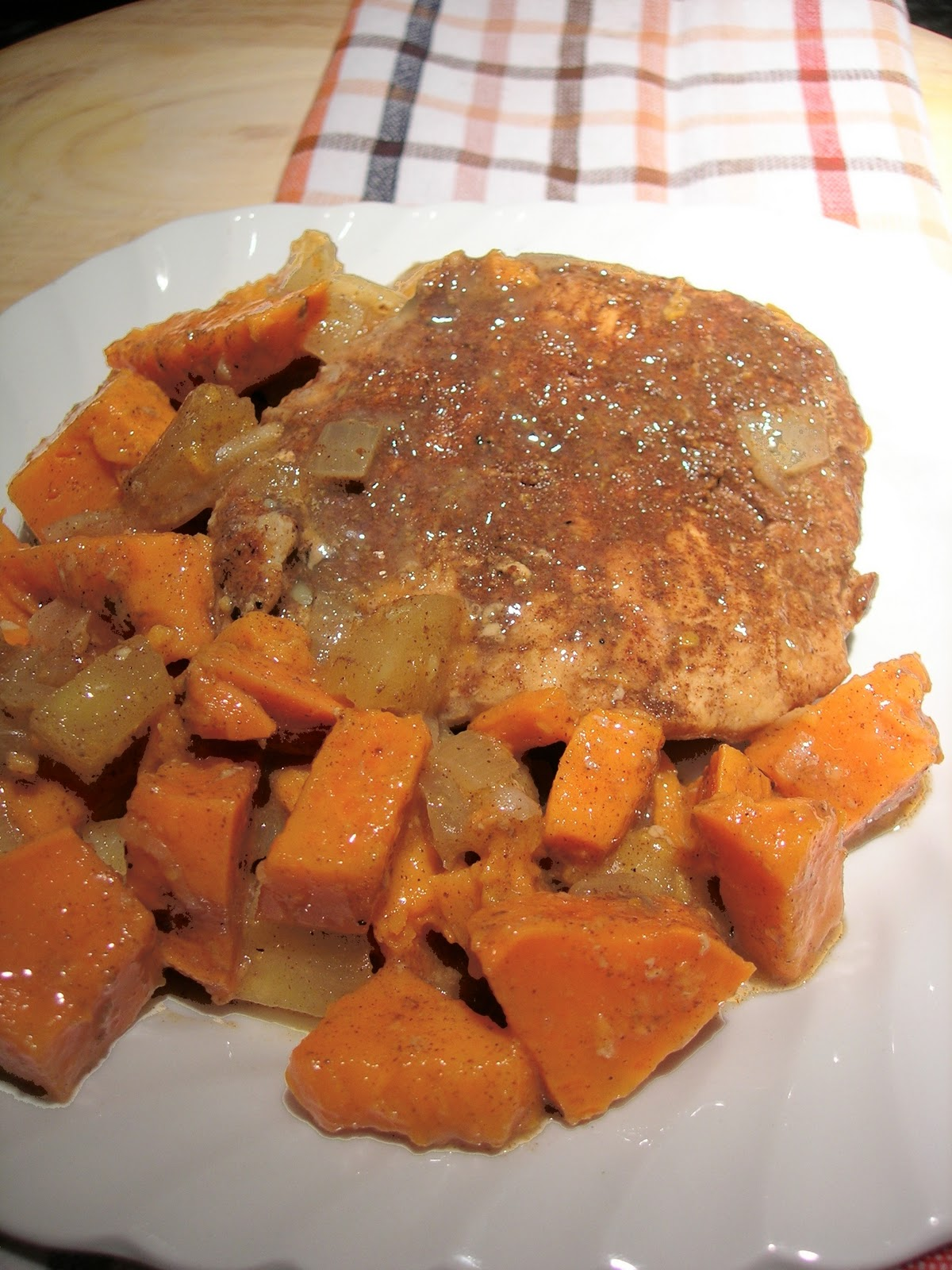 Dishes and Designs: Pork Chops with spiced Sweet Potatoes and Apples