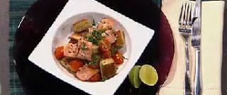ensalada de salmon y pan