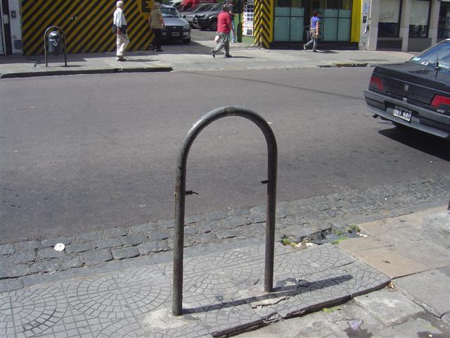 Los Cestos en La Ciudad de La Plata. Fotografias tomadas el 15/2/2010 dsc small
